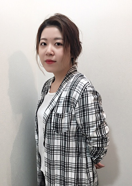 山崎 衣織