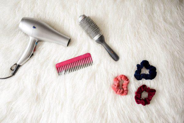 頭皮,乾燥,頭皮の乾燥,フケ,シャンプー,保湿,かゆみ,ケア,オススメ,対策,潤い,原因